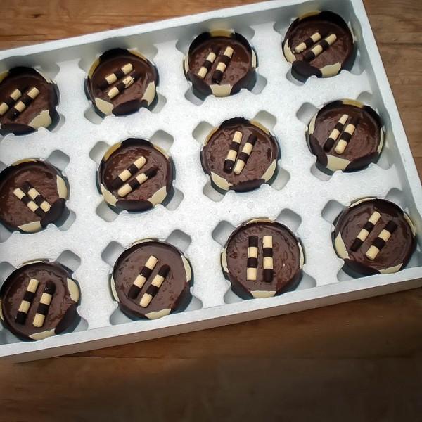 Sloe-Chocolate-Mousse-Box-of-12